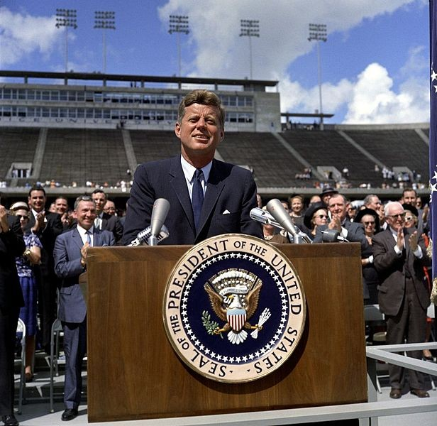 john-f-kennedy-moon-speech